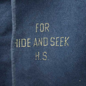 HIDE-and-SEEK-FOR-HS-ZIP-Parka-NAVY-LOGO