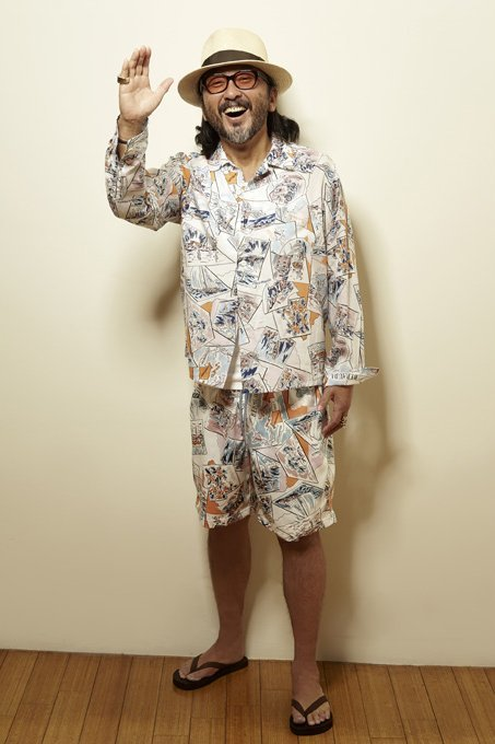 THE STYLIST JAPAN BERMUDA SURF SHORTSの着こなし
