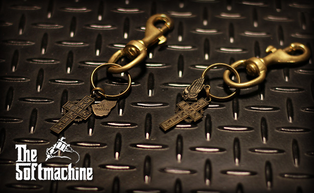 SOFT MACHINE FAITH KEY CHAIN BRASS