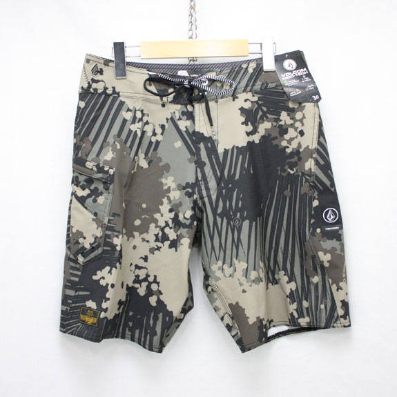 RATS×VOLCOM SURF SHORT:CAMOUFLAGE
