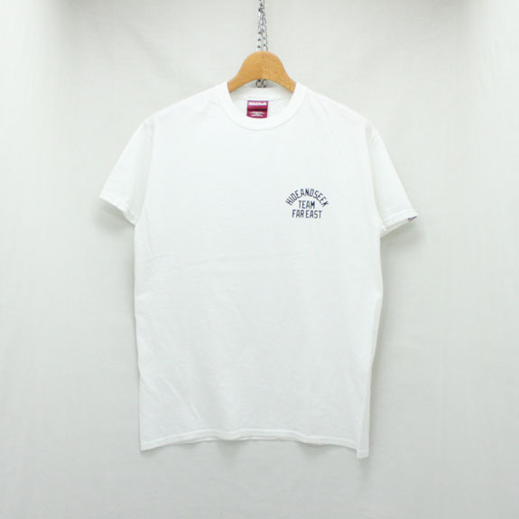 HIDE&SEEK TEAM FAR EAST S/S Tee:WHITE